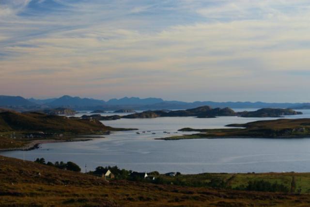 Old Dornie Bay, Coigach, North West Highlands © by Klaus Bölling